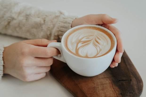 Вагітним варто відмовитись від кави