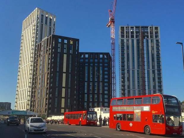 Великобританія, будівлі, антипремія