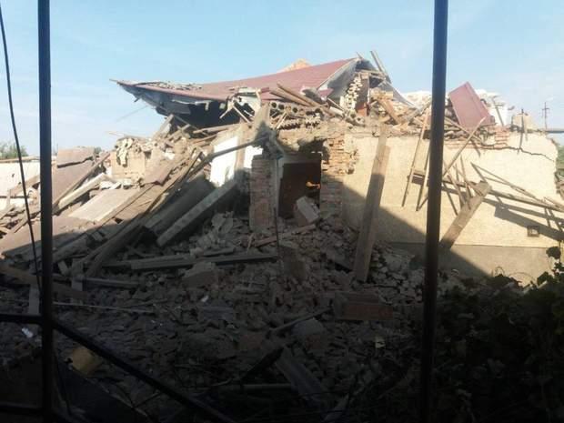 Внаслідок вибуху вщент зруйнований цегляний будинок