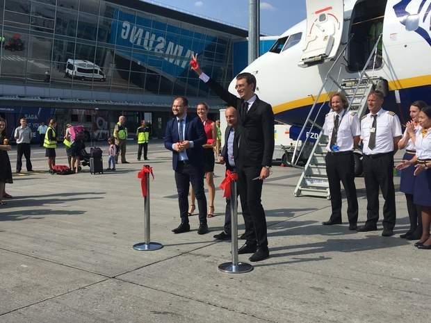 В Україні почав працювати ірландський лоукостер Ryanair