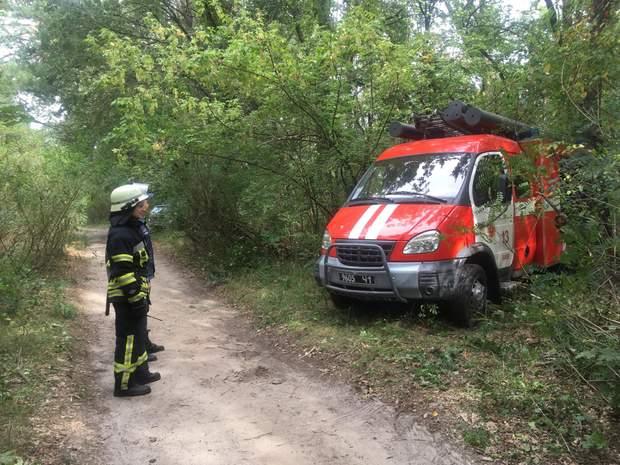 На місці аварії досі працюють рятувальники та слідчо-оперативна група