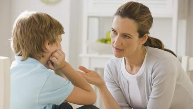 Які фрази не можна казати малюку