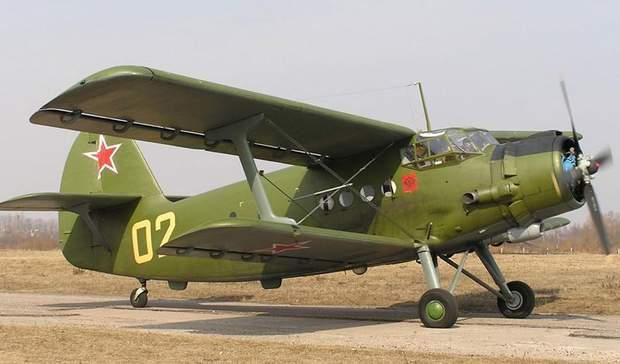 Військовий літак АН-2