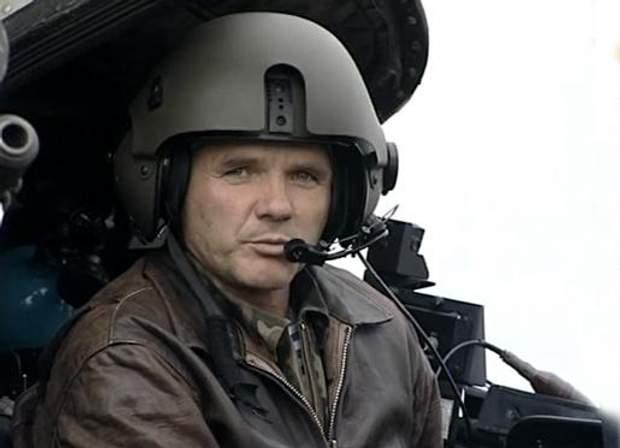Льотчик-випробувач Віктор Лукіянчук