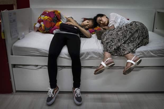 IKEA магазин диван твоари
