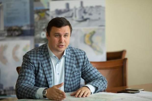 Політик Максим Микитась