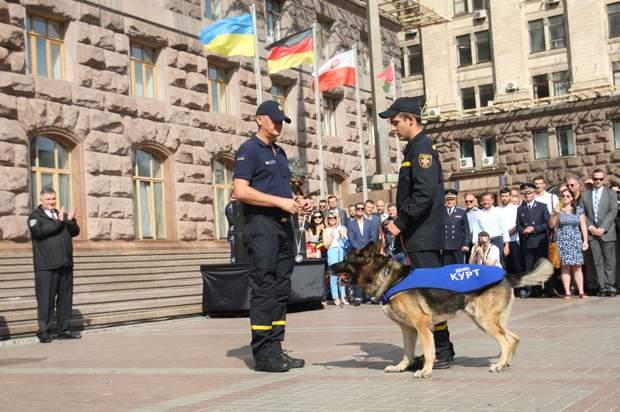 собаки рятувальники дснс