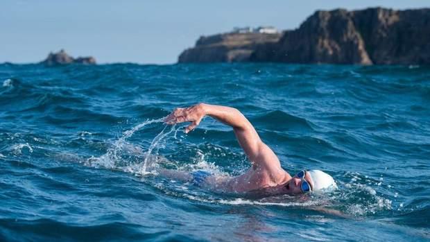 Плавання у холодній воді допомагає здолати депресію