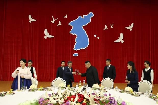 КНДР, Південна Корея, Корея, мир, політика, Кім Чен Ин, ун Чже Іном.