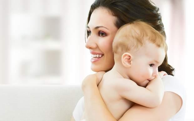 Як зупинити гикавку у немовлят