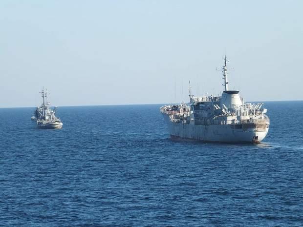 Азовське море кораблі