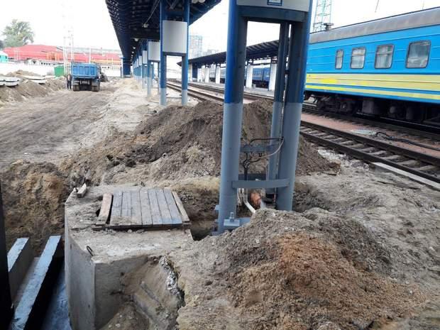В Києві будується колія, що сполучатиме Центральний вокзал Києва з аеропортом