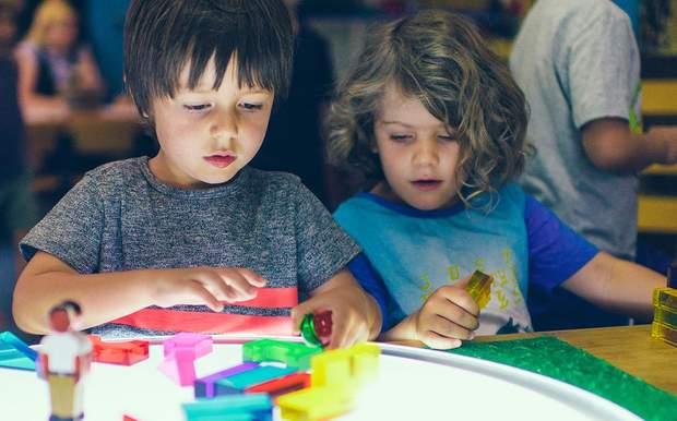 Діти, які відвідували садок, мали кращі соціальні навички