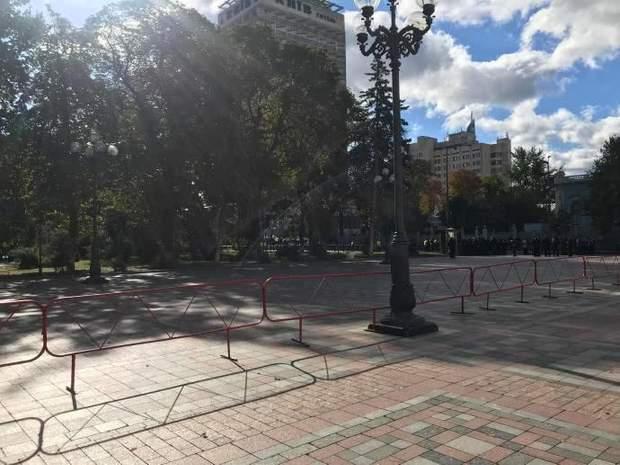 Верховна Рада Київ перекриття силовики