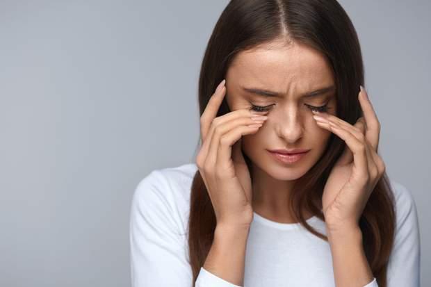 Ячмінь: причини та симптоми