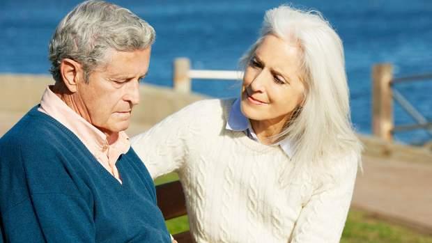 Під час хвороби Альцгеймера людина вкрай потребує догляду та допомоги близьких