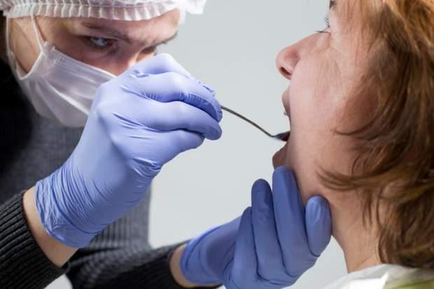 Через що виникає рак порожнини рота