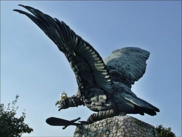 Орел Турул, Угорщина, Мукачево, символ