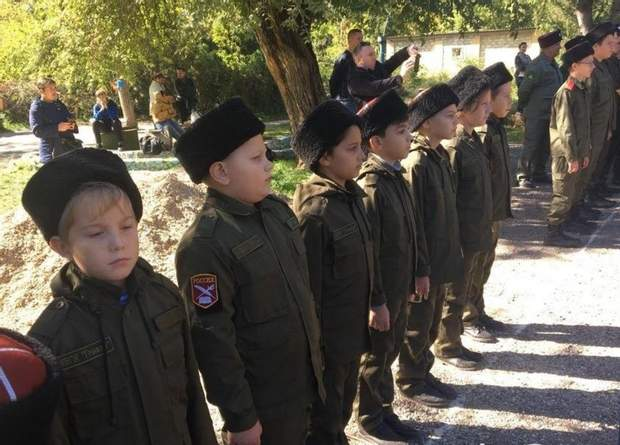 Окупований Крим Призов до армії Діти
