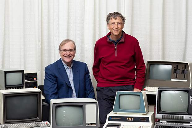 Пол Аллен та Білл Гейтс заснували свою компанію в 1975 році