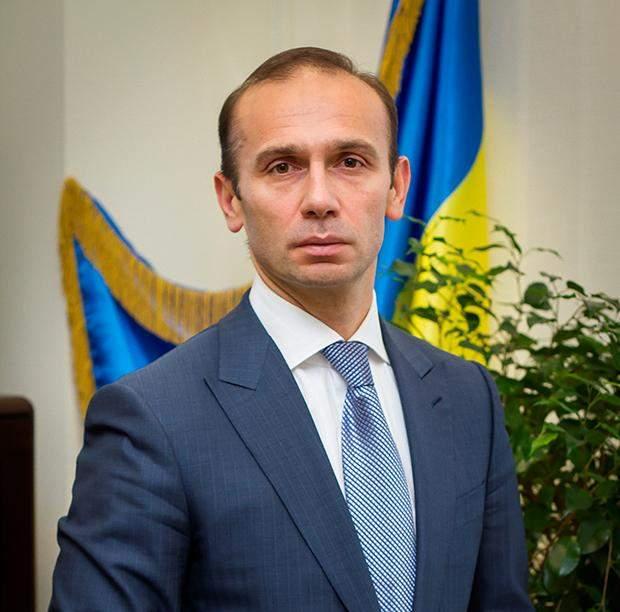 Суддя Артур Емельянов