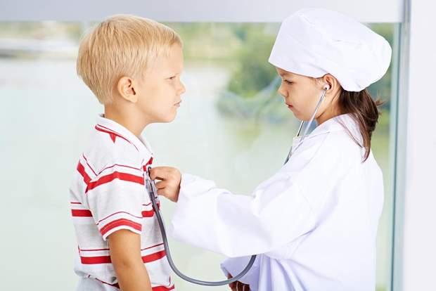 Грайтеся в лікарів