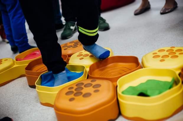 Як поводитися батькам хворих на аутизм дітей