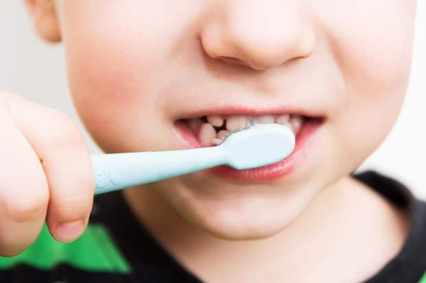 Дітей старше 2 років привчайте до самостійної гігієни