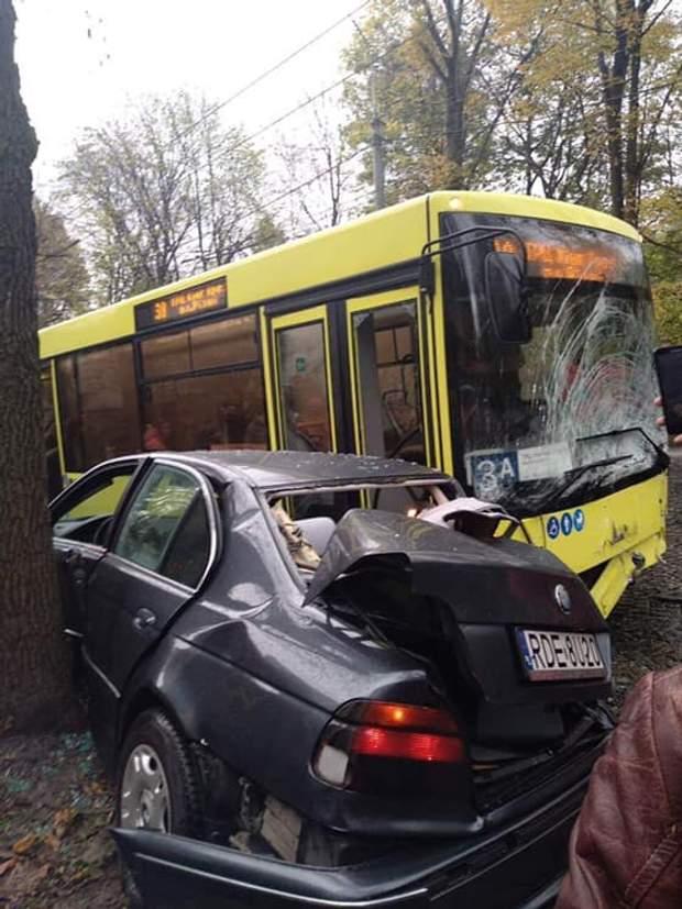 Львов, ДТП, автобус, еврономера, транспорт