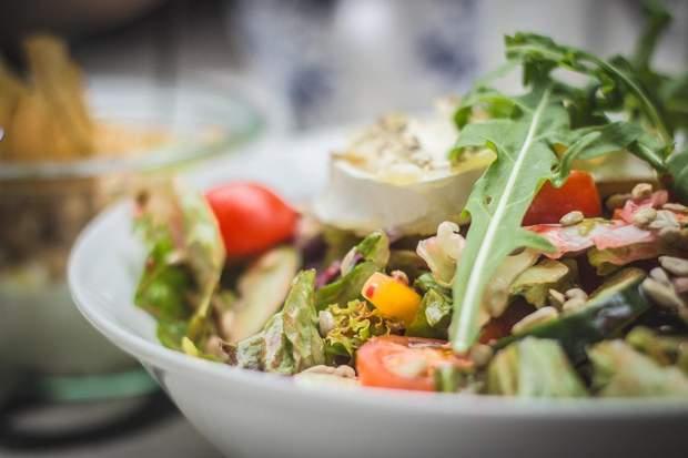 Забезпечити усіх на планеті здоровою їжею неможливо