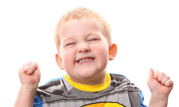 Медична наука наразі не має чітких причин скреготу зубів у дітей і дорослих