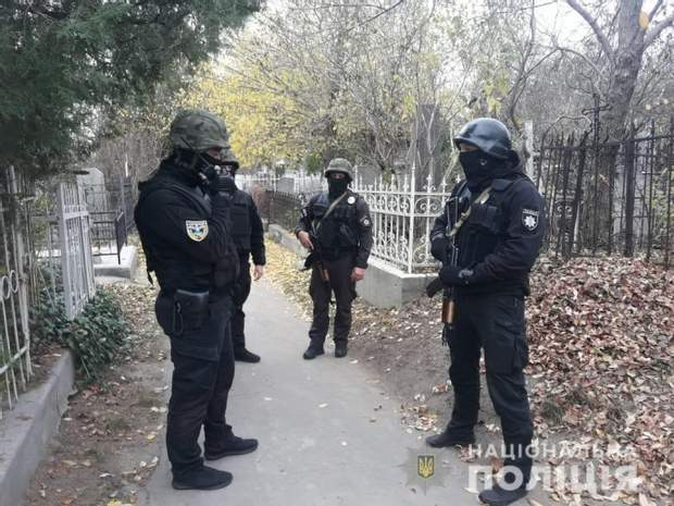 Поліція цвинтар поліцейські Одеса розслідування вбивство кримінал