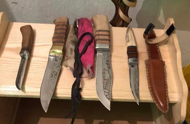 нелегальна зброя ножі кримінал колонія