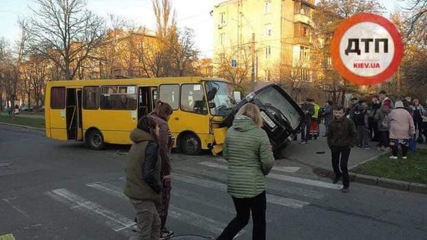 ДТП, Киев. маршрутка, транспорт, пострадавшие