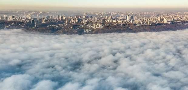 Київ охопило туманом