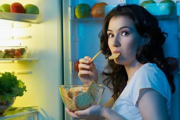 Чому потрібно відмовитися від пізньої вечері