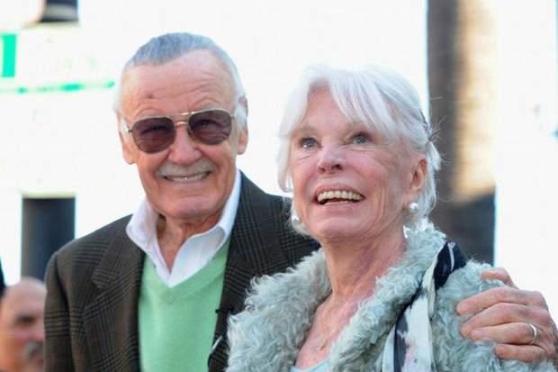 Стен Лі і дружина