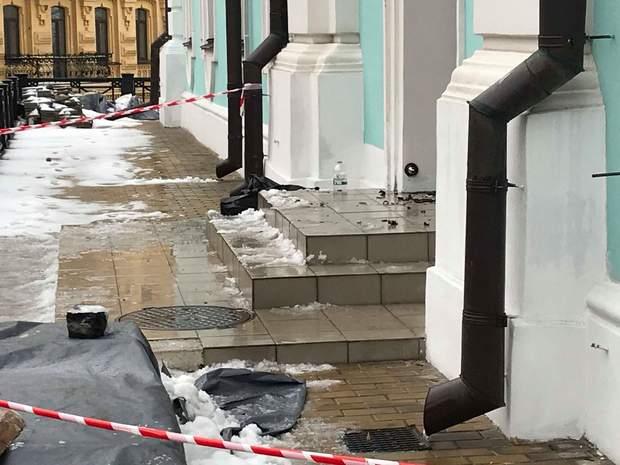 Андріївська церква напад підпал