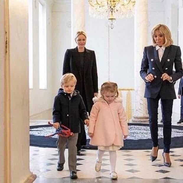 Бріджит Макрон, княгиня Шарлін та її діти