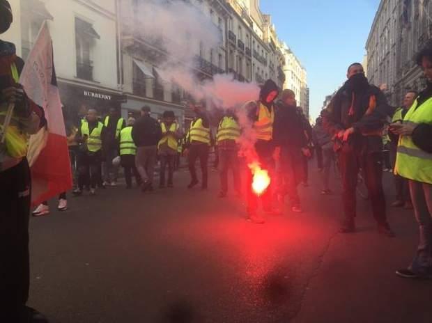 протести франція париж поліція