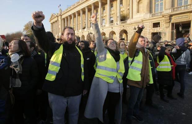 франція протести жертви париж