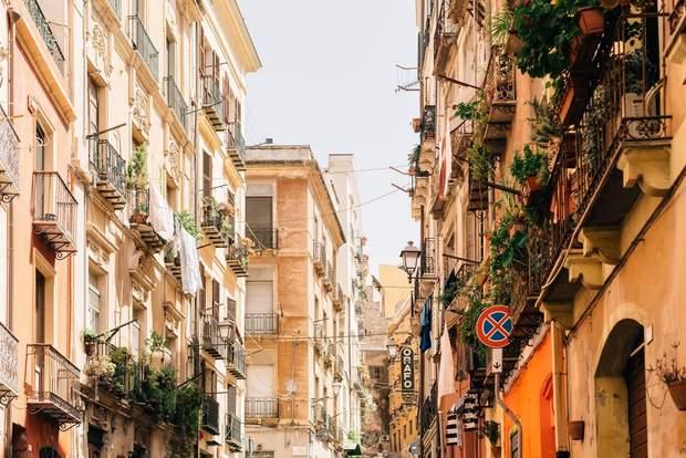 Нерухомість за кордоном купівля будинок квартира