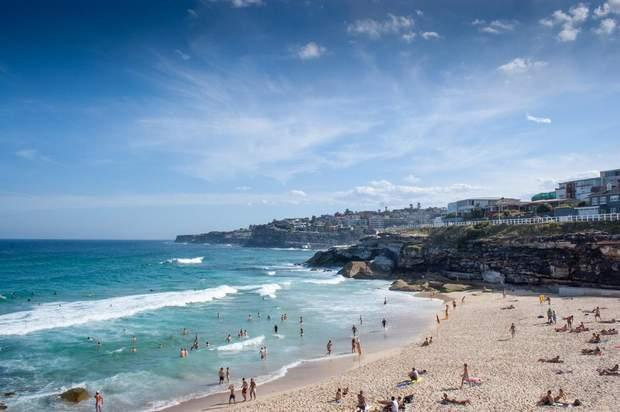 Нерухомість за кордоном курорт пляж