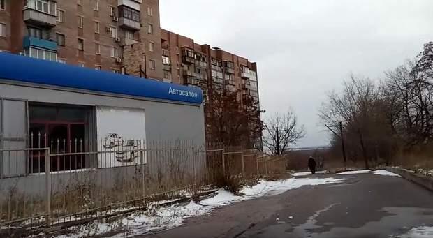 Выбитые окна и пустые помещения
