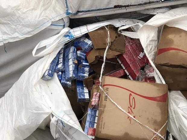 Знайдена контрабанда сигарет в Одесі