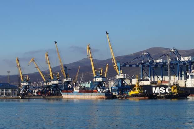 Частина українського експорту йде морем