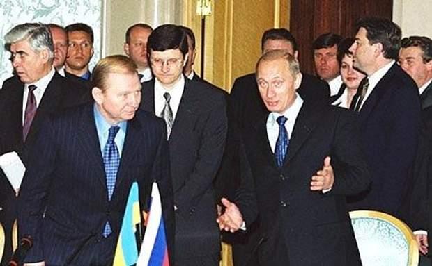 Леонід Кучма і Володимир Путін підписали угоду про співробітництво щодо Азовського моря
