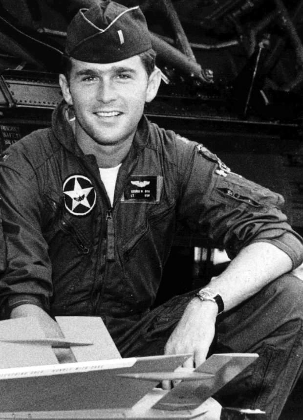 Джордж Буш в армії