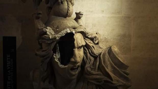 пошкодження статуї архітектура