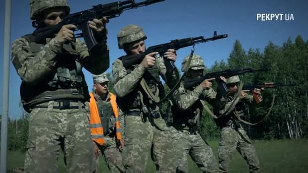 Десантників навчали бойовій стрільбі